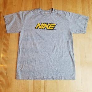 Nike Vintage 90s Size Large Tee